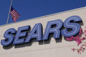 """""""Niềm tự hào"""" của ngành bán lẻ nước Mỹ đâm đơn phá sản"""
