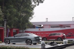 Cận cảnh sedan Lux A2.0, SUV SA 2.0 của VinFast trước giờ ra mắt