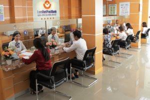 Chủ tịch Nguyễn Đình Thắng mua 1,2 triệu cổ phiếu của LienVietPostBank