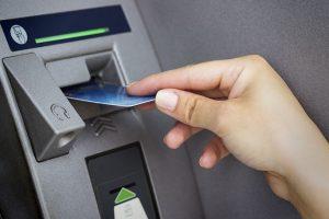 Lo ngại hết tiền ATM dịp Tết Nguyên đán