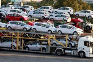 Ô tô nhập khẩu tăng mạnh trước Tết Nguyên Đán