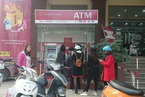 ATM của Agribank từ chối thẻ ngoại mạng rút tiền chiều 28 Tết
