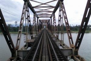Giao kế hoạch cấp bách về đầu tư trung hạn cho các dự án đường sắt, đường bộ