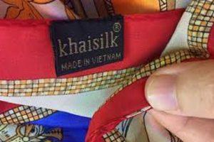 Từ vụ khăn lụa Khaisilk, cảnh báo việc hàng nhập ngoại gắn mác 'Made in Vietnam'