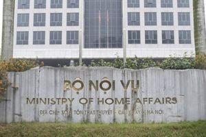 Bộ Nội vụ: Lãnh đạo doanh nghiệp nhà nước không là công chức sẽ giảm tham nhũng
