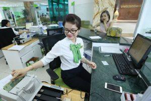 Vietcombank đã tính bán 2,3 triệu cổ phiếu Vietnam Airlines