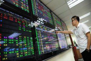 Phiên chiều 4/4: VN-Index bật tăng trở lại 988 điểm