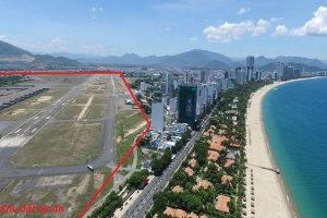 """Nghìn tỉ chênh lệch từ bán đất sân bay Nha Trang """"chảy"""" vào túi ai?"""