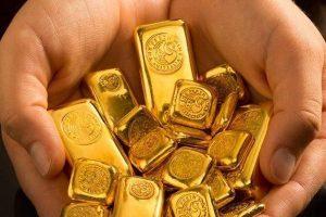 """Giá vàng 8/5: Vàng """"hãm"""" đà giảm, USD tăng mạnh"""