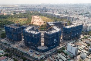 Xây dựng Hòa Bình: Nghịch cảnh trúng thầu nhiều, giá cổ phiếu tiếp đà lùi về vùng đáy