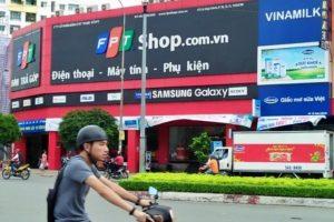 FPT Retail muốn 'lấn sân' sang mảng bưu chính, chuyển phát?