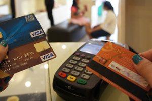 """Hàng loạt vụ trộm tiền trong """"chớp mắt"""" và cảnh báo người dùng thẻ tín dụng"""