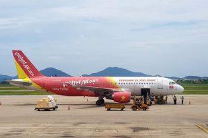 """Vietjet dẫn đầu huỷ chuyến bay, Bamboo Airways """"vụt sáng"""" bay đúng giờ"""