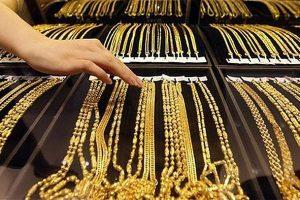 Giá vàng hôm nay 4/7: Thị trường vàng chao đảo, USD khởi sắc
