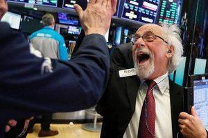 Chứng khoán Mỹ ngày 01/07: S&P 500 lập đỉnh mới