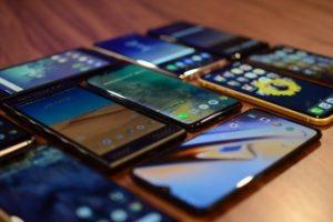 Một nửa số dân Mỹ không biết mình đang sử dụng smartphone gì