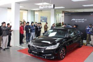 Thị trường ô tô Việt Nam đón tháng 'cô hồn' có gì biến động?
