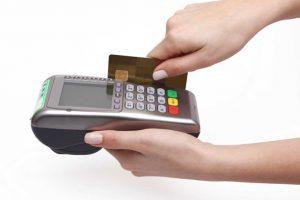 NHNN sẽ xử lý nghiêm việc rút tiền mặt qua thẻ tín dụng tại máy POS