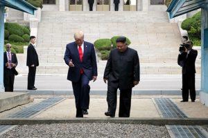 Thế giới trong tuần: Cuộc gặp ghi dấu ấn trong quan hệ Mỹ – Triều