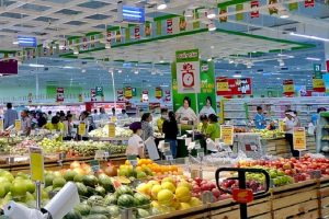 Cạnh tranh thị phần bán lẻ ngày càng khốc liệt, lối đi nào cho doanh nghiệp Việt?