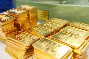 Giá vàng SJC vọt tăng, vàng thế giới chưa xác định hướng