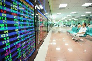 Thị trường chứng khoán ngày 08/8: 2 sàn tăng điểm, châu Á phục hồi sau chuỗi giảm 8 phiên