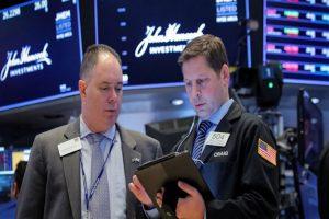 Ngày 23/8: Khối ngoại tiếp tục bán ròng hơn 200 tỷ đồng trong phiên thị trường giảm điểm