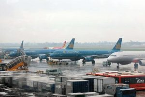 Các hãng hàng không Việt huỷ nhiều chuyến bay do bão số 3