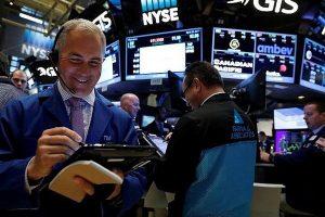 Chứng khoán Mỹ ngày 16/8: Tiếp đà hồi phục, Dow Jones tăng gần 307 điểm
