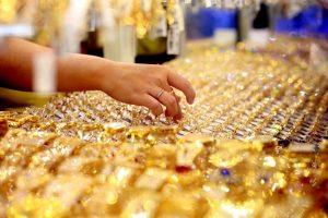 Giá vàng 12/8/2019: Vàng rơi sâu xuống 41,7 triệu đồng/lượng