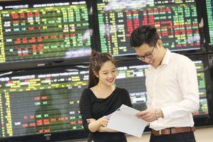 Nhận định chứng khoán ngày 12/8: Diễn biến khó lường do tác động từ thị trường thế giới
