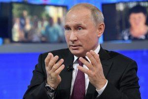 Nhà máy lọc dầu Arab Saudi bị tấn công, ông Putin mang S-400 ra 'chào hàng'
