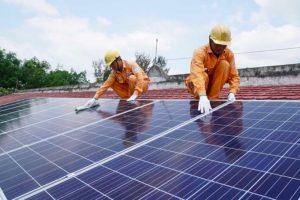 Đề nghị giá điện mặt trời áp mái 9,35 cent/kWh đến hết năm 2021