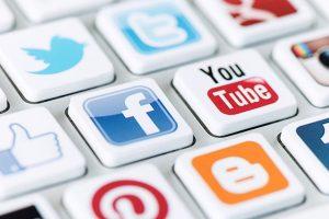'Ồ ạt' ra mắt, mạng xã hội Việt Nam liệu có đủ sức cạnh tranh với Facebook, Youtube?