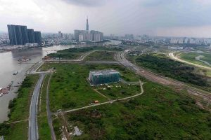 TP HCM đấu giá đất ở Thủ Thiêm: Có bán rẻ 'đất kim cương'?