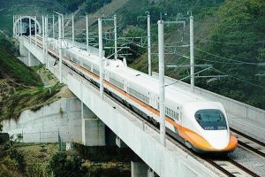Ưu tiên xây đường sắt tốc độ cao TP. HCM đến sân bay Long Thành