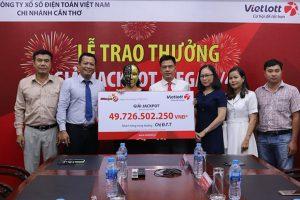Kết quả Vietlott: Nữ công chức An Giang nhận thưởng gần 45 tỷ đồng