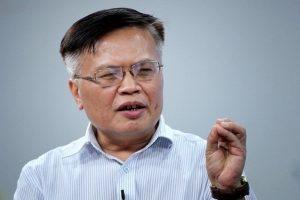 TS Nguyễn Đình Cung:'Giảm giờ làm chỉ bảo vệ cho những người lao động lười biếng'
