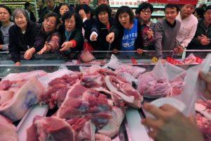 Trung Quốc: Giá thịt lợn tăng phi mã, lạm phát cao nhất 6 năm
