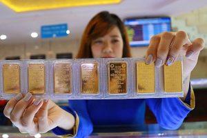 """Giá vàng hôm nay 1/10: Vàng thế giới tiếp tục """"lao dốc"""""""