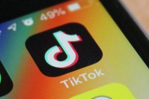 """TikTok mở trụ sở tại Thung lũng Silicon, """"săn trộm"""" nhân viên của Facebook?"""