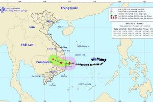Bão số 6 suy yếu nhanh chóng khi đổ bộ vào Phú Yên, Khánh Hòa