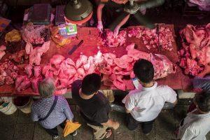 Trung Quốc: Giá thịt lợn tăng hơn 101%, lạm phát cao nhất 8 năm