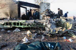 Mỹ, Anh, Canada 'tố' Iran bắn rơi máy bay Ukraine