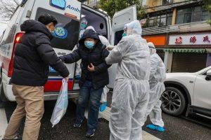 425 người chết vì virus corona, Trung Quốc đồng ý nhận hỗ trợ y tế từ Mỹ