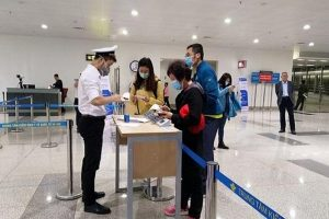 Từ 6h ngày 7/3: Bắt buộc khai báo y tế điện tử với tất cả khách nhập cảnh Việt Nam