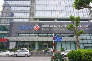 """Cổ phiếu của BIDV giảm mạnh sau Tết, vốn hóa thị trường """"bốc hơi"""" hơn 40.000 tỷ đồng"""