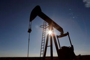 Giá xăng dầu hôm nay 25/5: Tăng liên tục