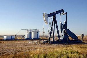 Giá xăng dầu hôm nay 13/5: Khó duy trì đà tăng
