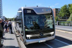 Thaco Trường Hải chính thức trở thành nhà phân phối xe buýt Mercedes-Benz tại Việt Nam